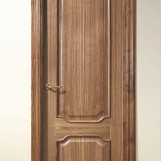 Puerta barnizada en madera Serie Real 52JTM
