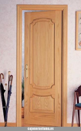 Puerta barnizada en madera serie Cubillo 92TM