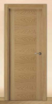 Puerta Moderna Barnizada Serie Deco TS