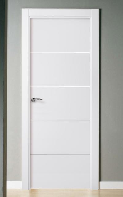 Puerta lacada en blanco pantografic 02 for Puertas dm lacadas en blanco